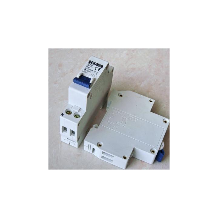 Disyuntor 2p 10a 230v electronico montaje en riel modular.
