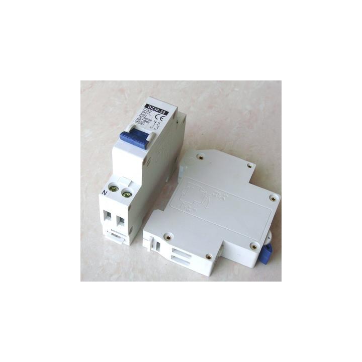Dreipoliger unterbrecher 2p 32a 230v sicherheitstechnik elektronik elektrischer elektrische