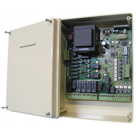 Universal control unit for controlling one or two gate sliding gate motors
