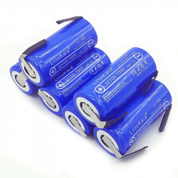 Batterie lithium 3.2v 7000mah Lii-70A 32700 7a LiFePO4 35A décharge continue maximum 55A